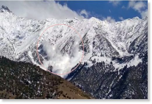 Gigantic Avalanche in Himachal Pradesh, India